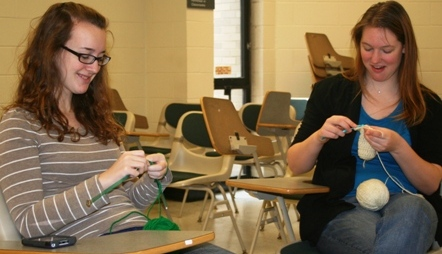 Knitting Club Helps Those in Need