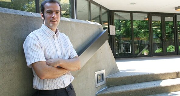Ph.D. Student Combines Street Smarts with Academic Success