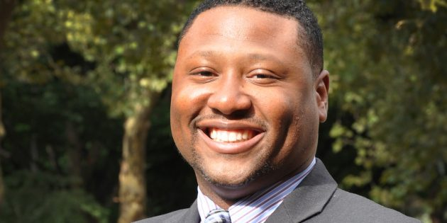 "Rutgers University–Camden Professor Oscar Holmes Named Among ""40 Best Business Professors Under 40"""