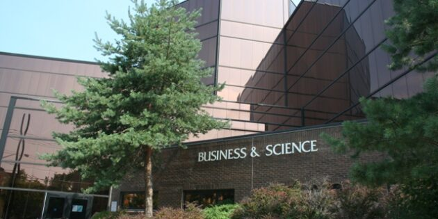 Rutgers School of Business–Camden Recognized for Executive Education Program