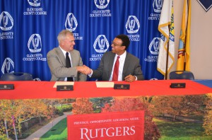 Rutgers–Camden Chancellor Wendell Pritchett (right) with Fred Keating, president of Gloucester County College.