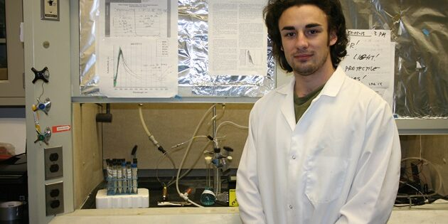 Students Discover Method for Developing Clean Hydrogen Fuel