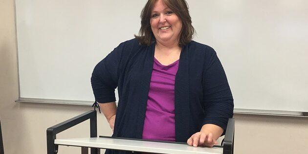 Business Major Helps Classmates Hone Public Speaking Skills